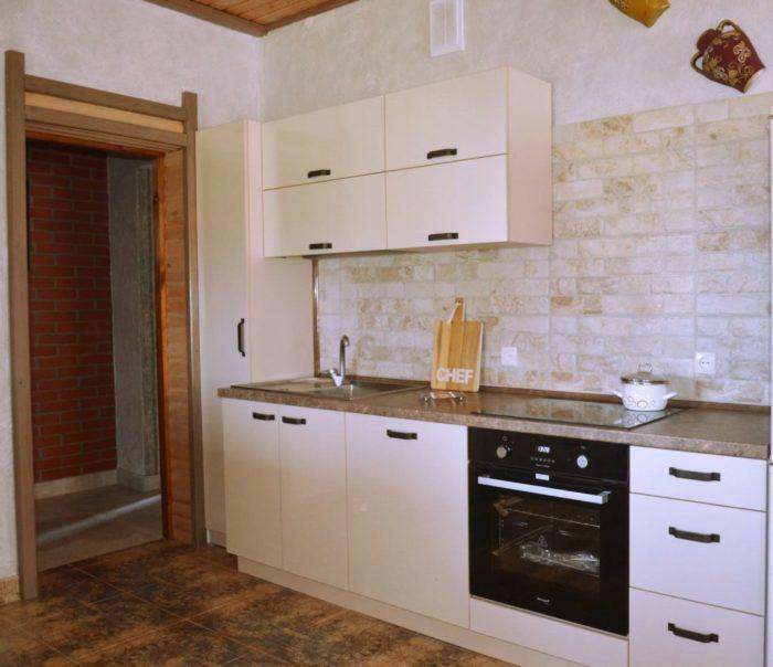 Фото кухни нашего клиента в частном доме в Колодищах
